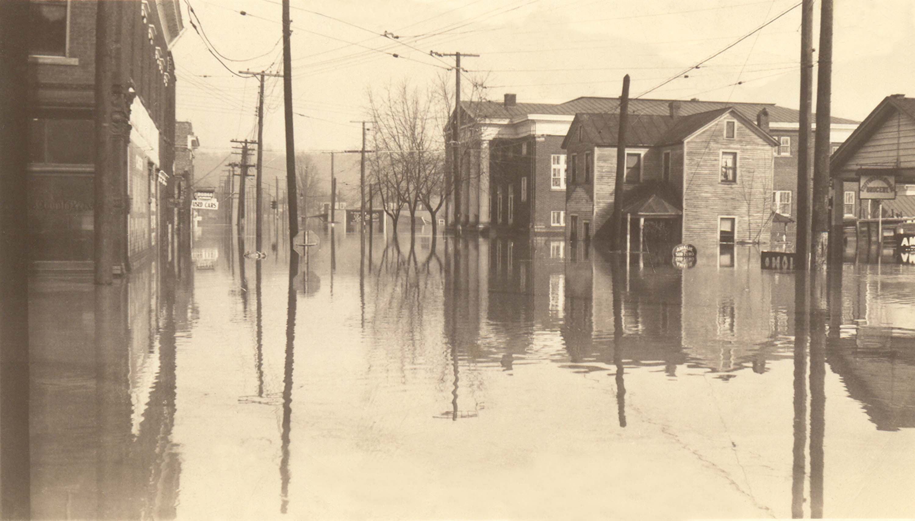The church in the Flood of 1937. Courtesy of the Kenova Historical Commission.