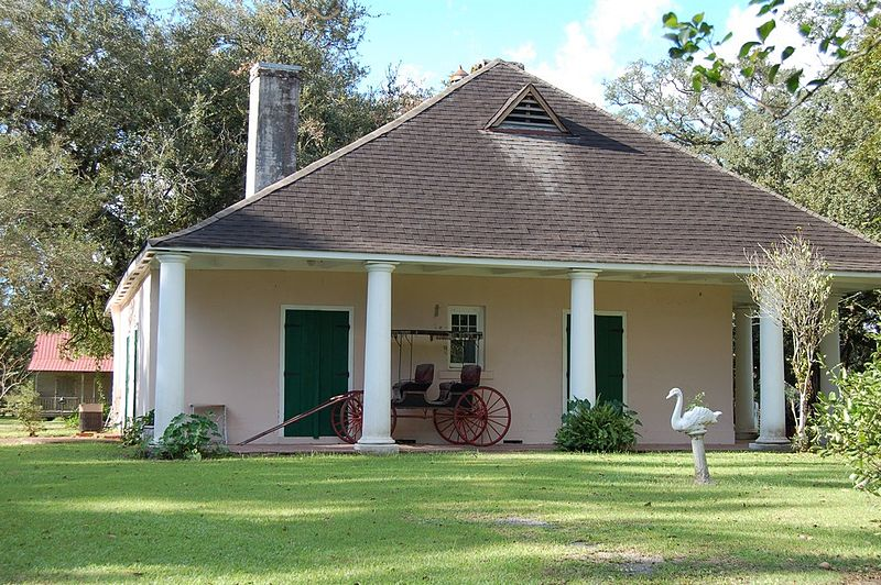 The LaBranche Plantation Dependency house was built sometime in the early 19th century and is a great example of Creole architecture.