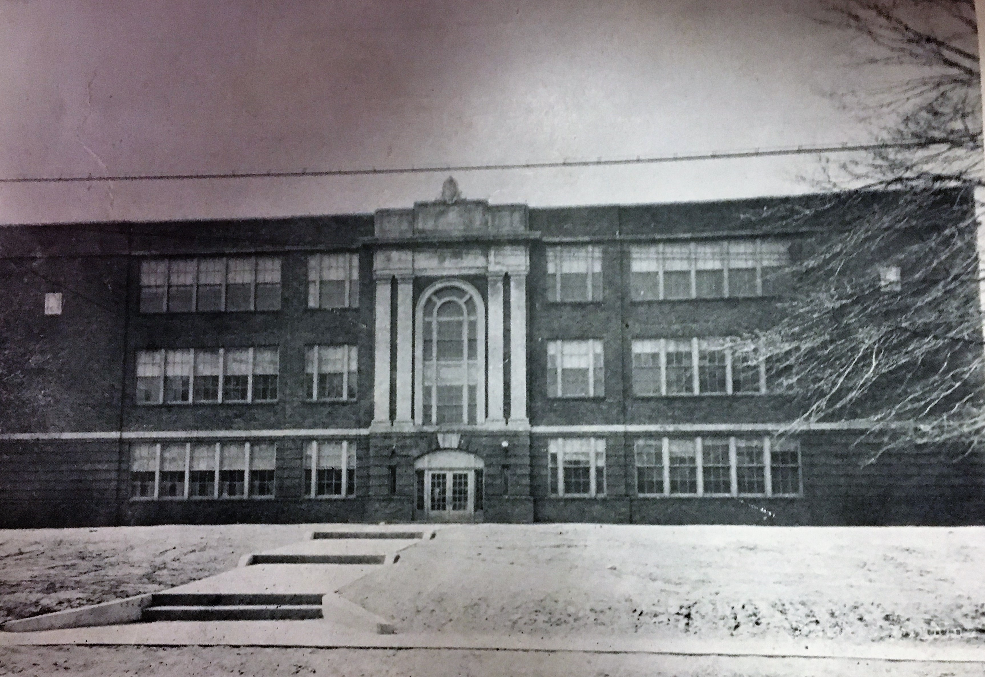 When the school building was originally built in 1923 it included a small stone object on top of the roof, which was later removed. Courtesy of the Ceredo Historical Society Museum.