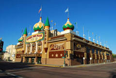 The Corn Palace is open year-round and is FREE to visit.