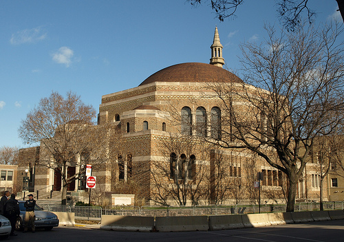 Dating to 1847, KAM Isaiah Israel Congregation is the oldest Reform Jewish congregation in Chicago. Photo: Wikimapia