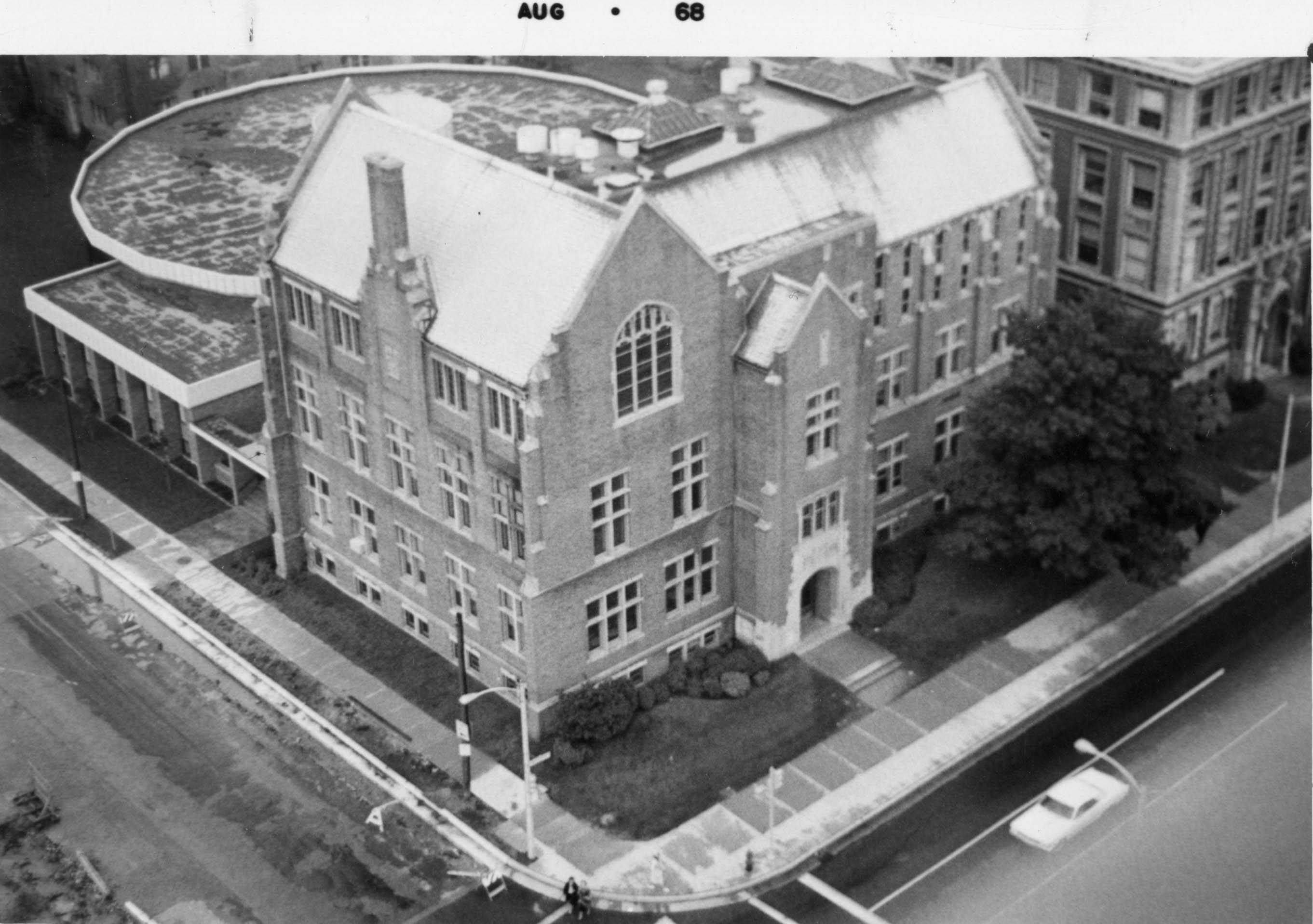 An aerial shot of Sensenbrenner Hall which features the newly-built Legal Research Center on the southern side of the building, 1968.