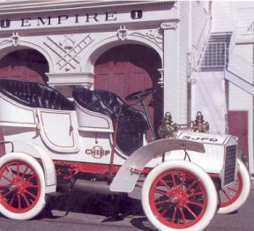 1905 Cadillac - the fire chief's buggy (image from SJFM)