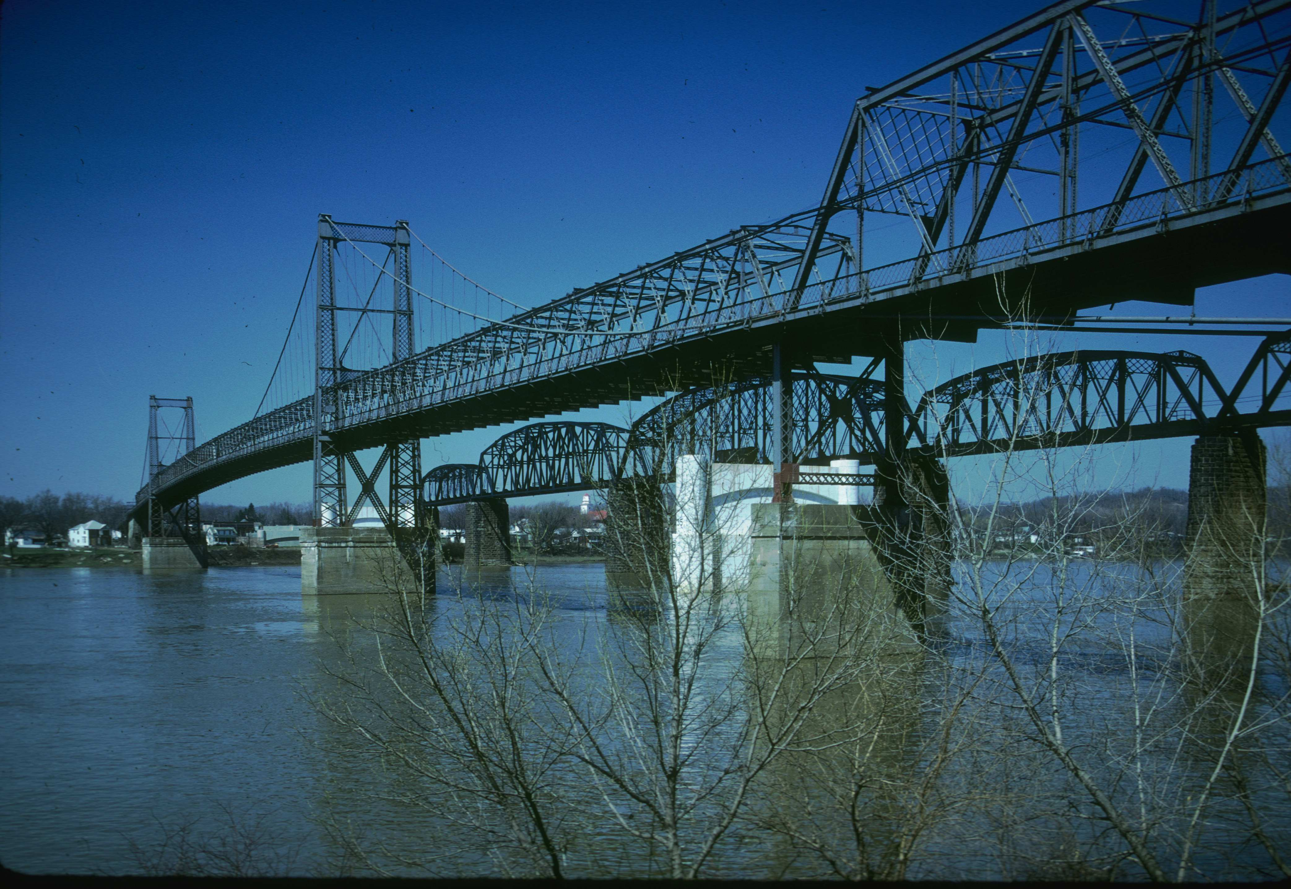 Parkersburg-Belpre Bridge and Sixth Street Railroad Bridge