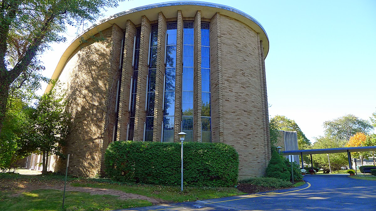 Exterior photo of the synagogue's sanctuary. Founded in 1840, the congregation is the oldest one in the state.