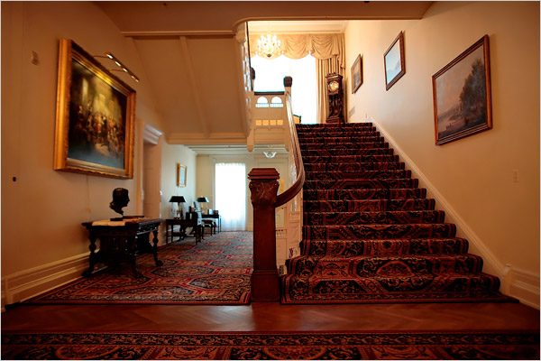 This ornate foyer and staircase greet the governor and visitors as they enter the mansion.