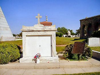 Tomb of CSA General John Bell Hood