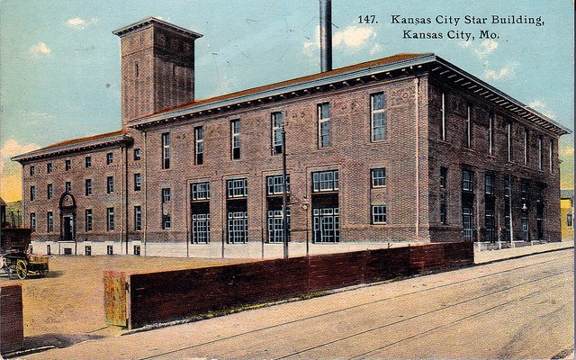 Postcard of the Star headquarters around 1912. Image obtained from flickr.