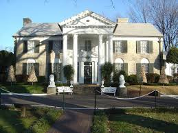 The front of the mansion in Memphis, Tennessee.