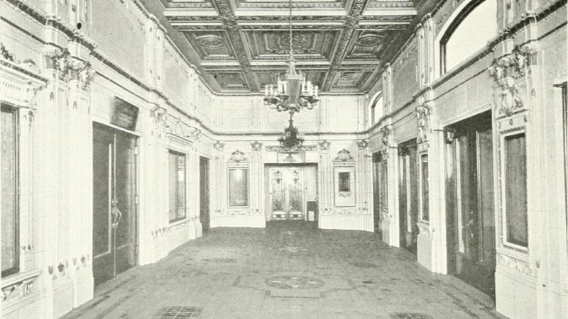 Interior of the main lobby/entrance in 1922