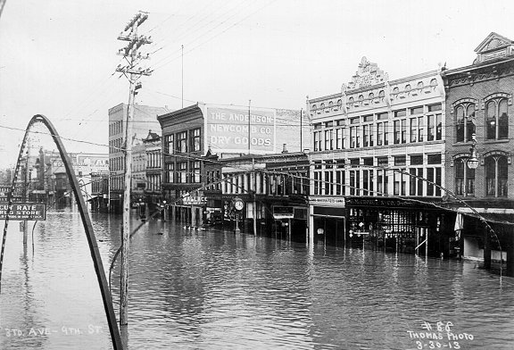 The first major flood in Huntington was in 1913.