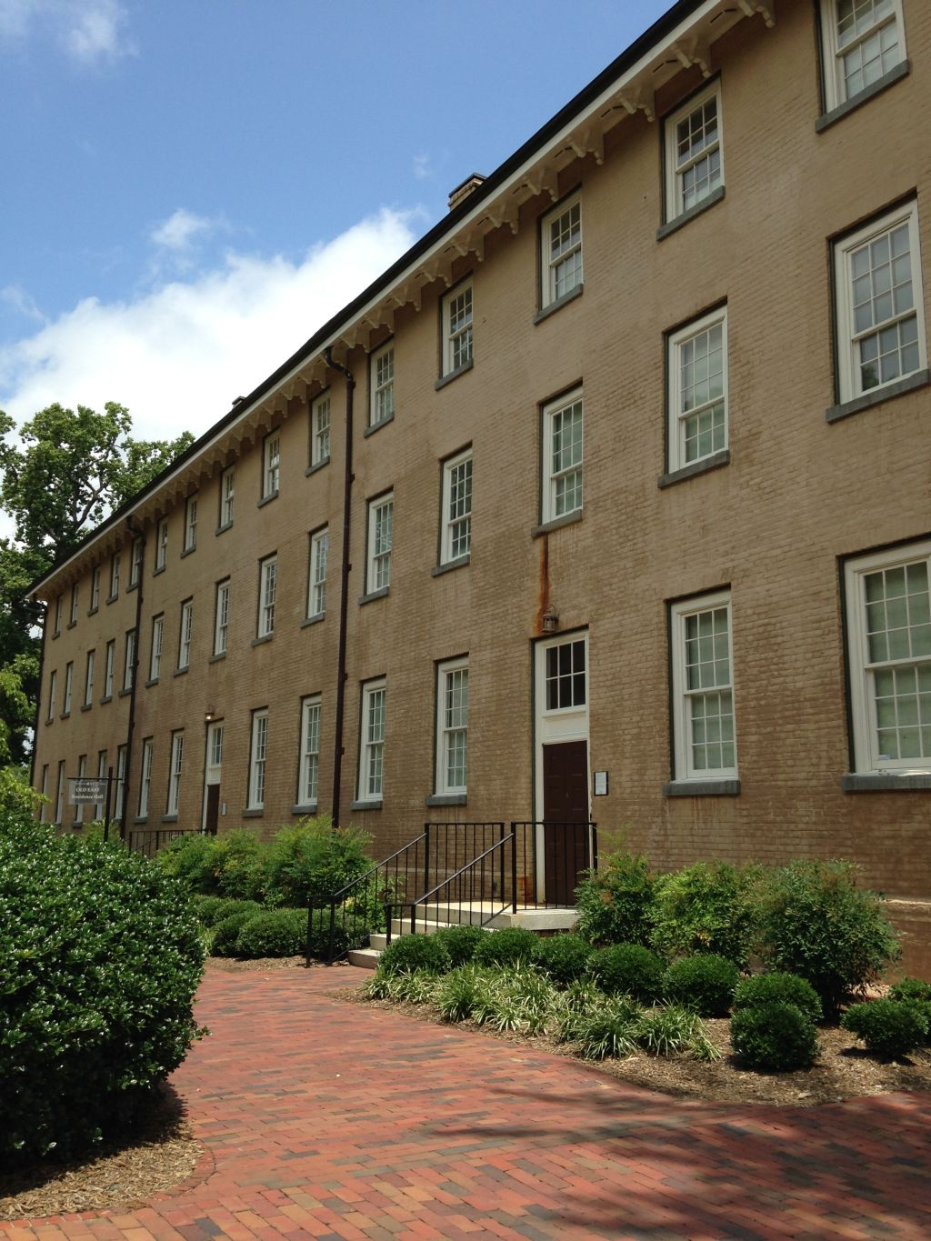 Old East, the oldest building at UNC (source: Black and Blue Tour)