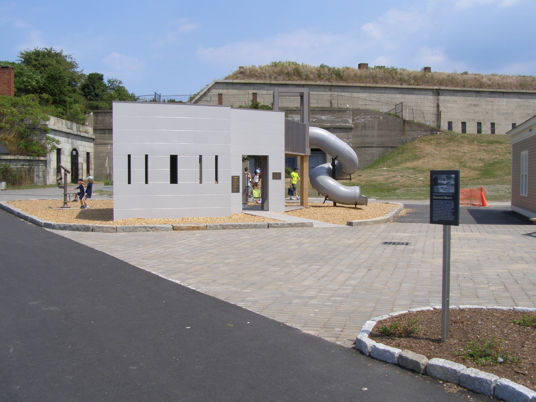 Photo(s) by Walter Hope, 2010-2012, http://fbhi.org/georges-island---ft-warren.html
