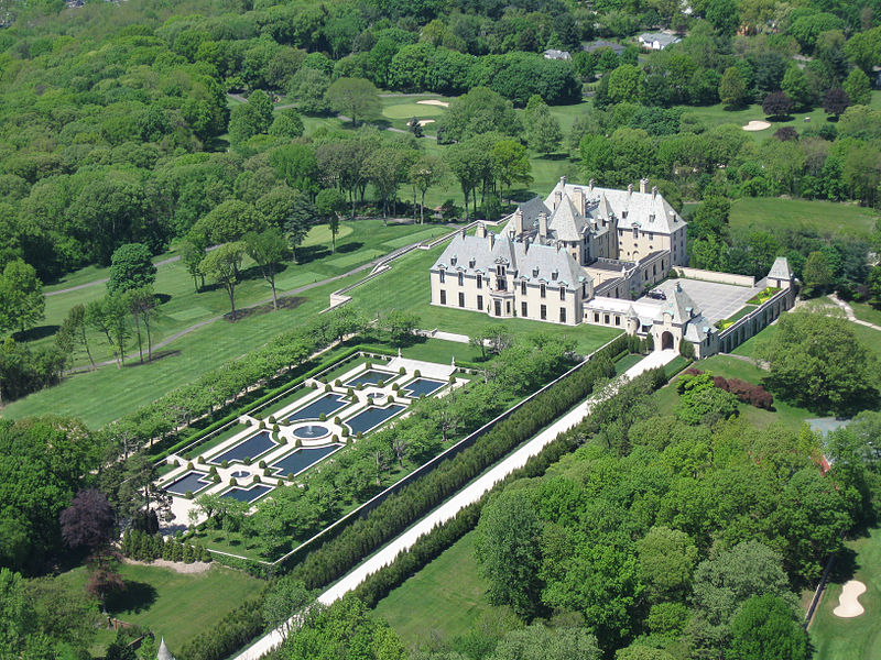 View of the estate (source: Oheka Castle)