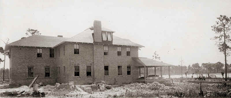 The Inn under the construction in 1912.