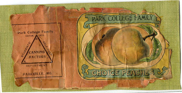 An old can label for Park College peaches.