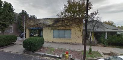 207 Main Street Parkville, MO
