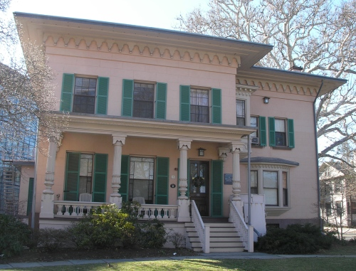 front view of the house (Historic Buildings of Connecticut)