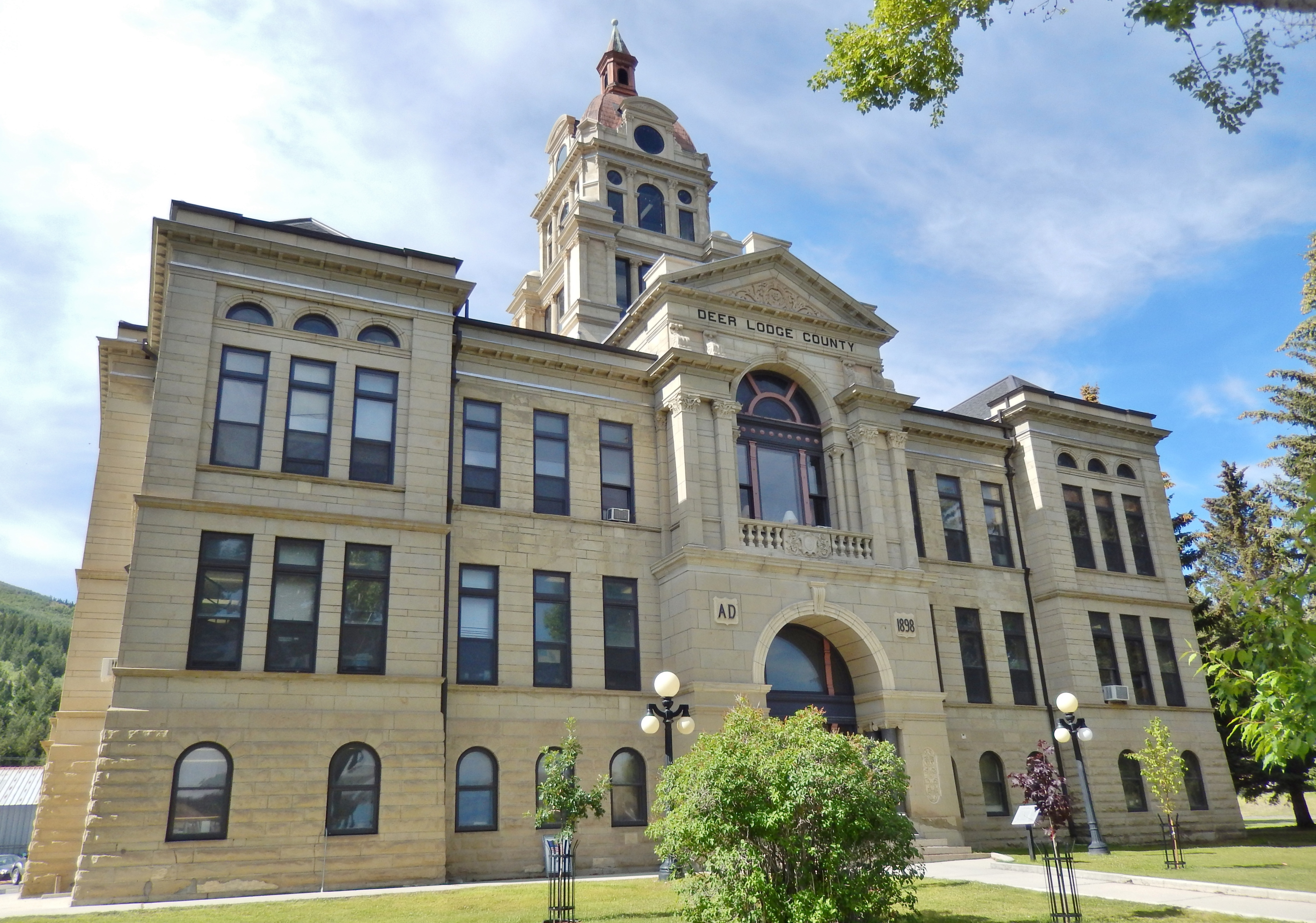 Built in 1900, the Deer Lodge County Courthouse is a fine example of Neoclassical architecture. It continues to be the seat of county government.
