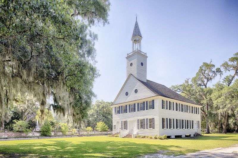 This church was constructed in 1792 and replaced a previous chapel that had been destroyed in the American Revolution.