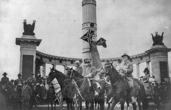 Confederate veterans at the unveiling of the Jefferson Davis Monument in 1907.