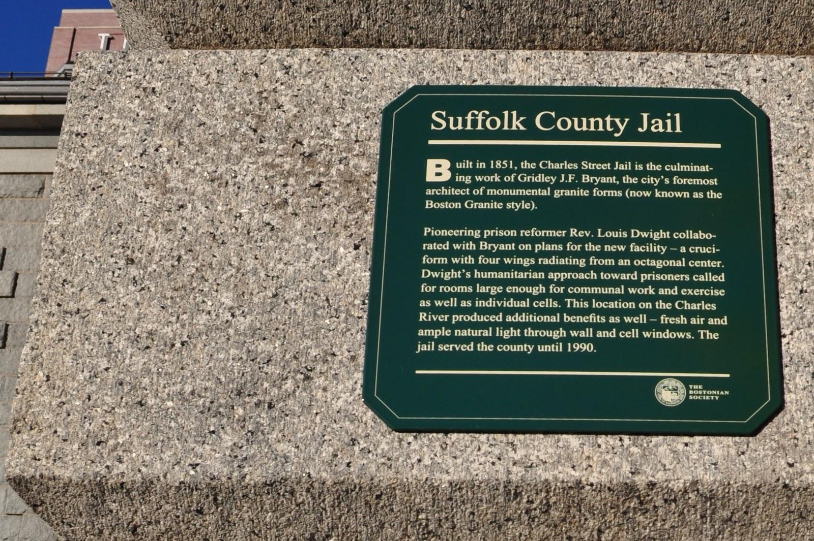 The Bostonian Society's marker Courtesy: http://creepychusetts.blogspot.com/2010/11/charles-street-jail-boston.html