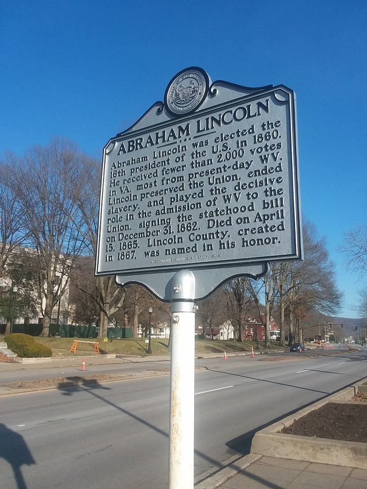 Abraham Lincoln Highway Historical Marker