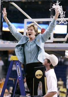 Summitt celebrating her teams national championship win at the2008 NCAA tournament final.