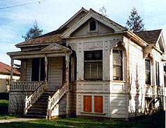 The Paulson House prior to restoration, in 1986 (image from California Pioneers of Santa Clara County)
