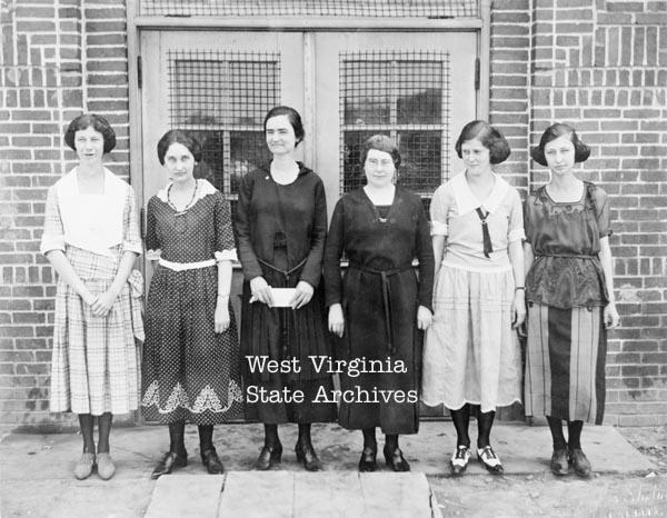 Hansford School teachers: Elizabeth Turner, Silvia Miller, Bashaba White, Lenoah Burdette, Fritz McClung, Rachel Dame.