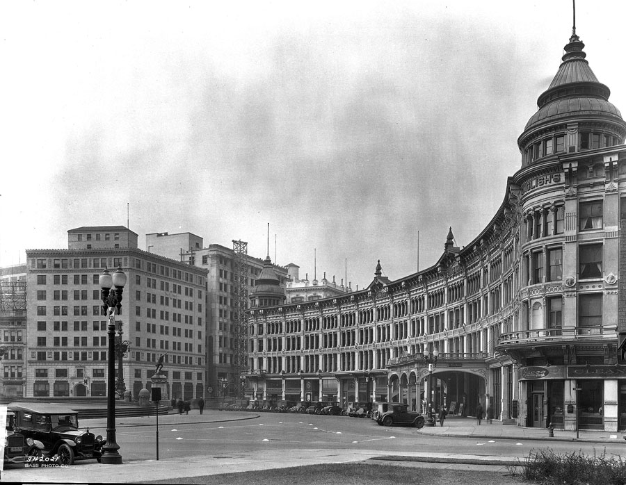 The Test Building (on the left) was designed to blend in with the surrounding buildings, such as the English Theater and Opera House that once stood along Monument Circle.