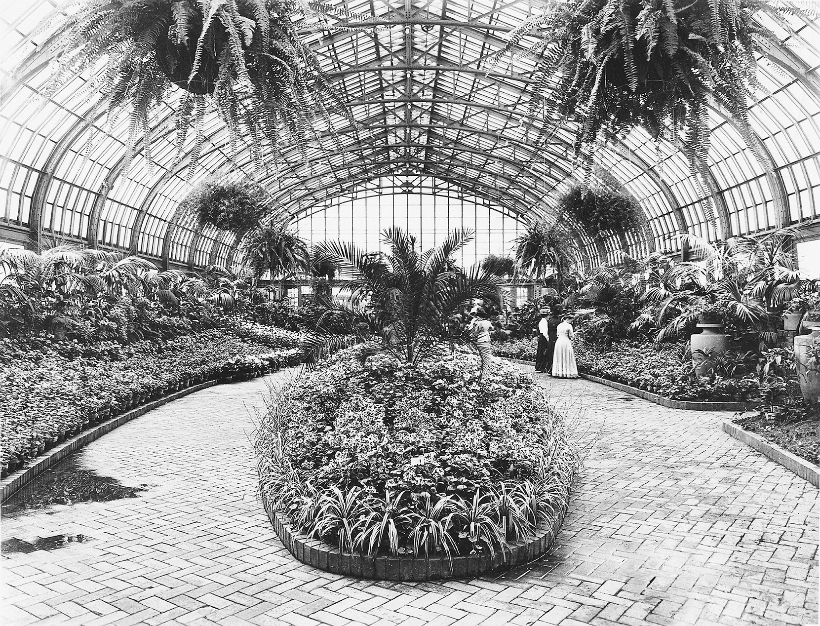 Show Room in 1908