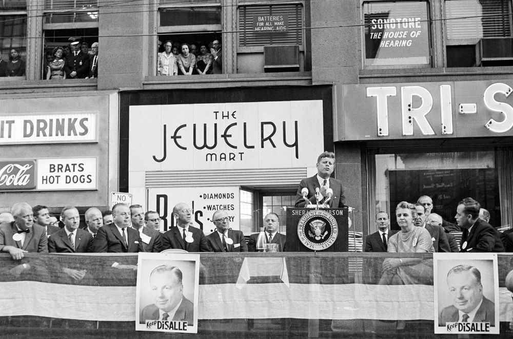 President Kennedy delivering his speech on October 5, 1962. He urged people to vote for Democratic candidates.