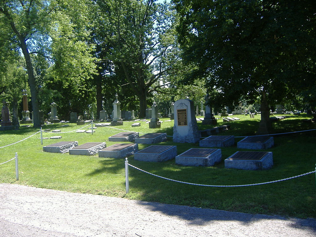 Graves of the Confederate prisoners at Crown Hill Cemetery