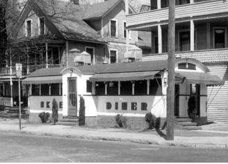 Skee's Diner (source: Torrington Historic Preservation Trust, full citation below)