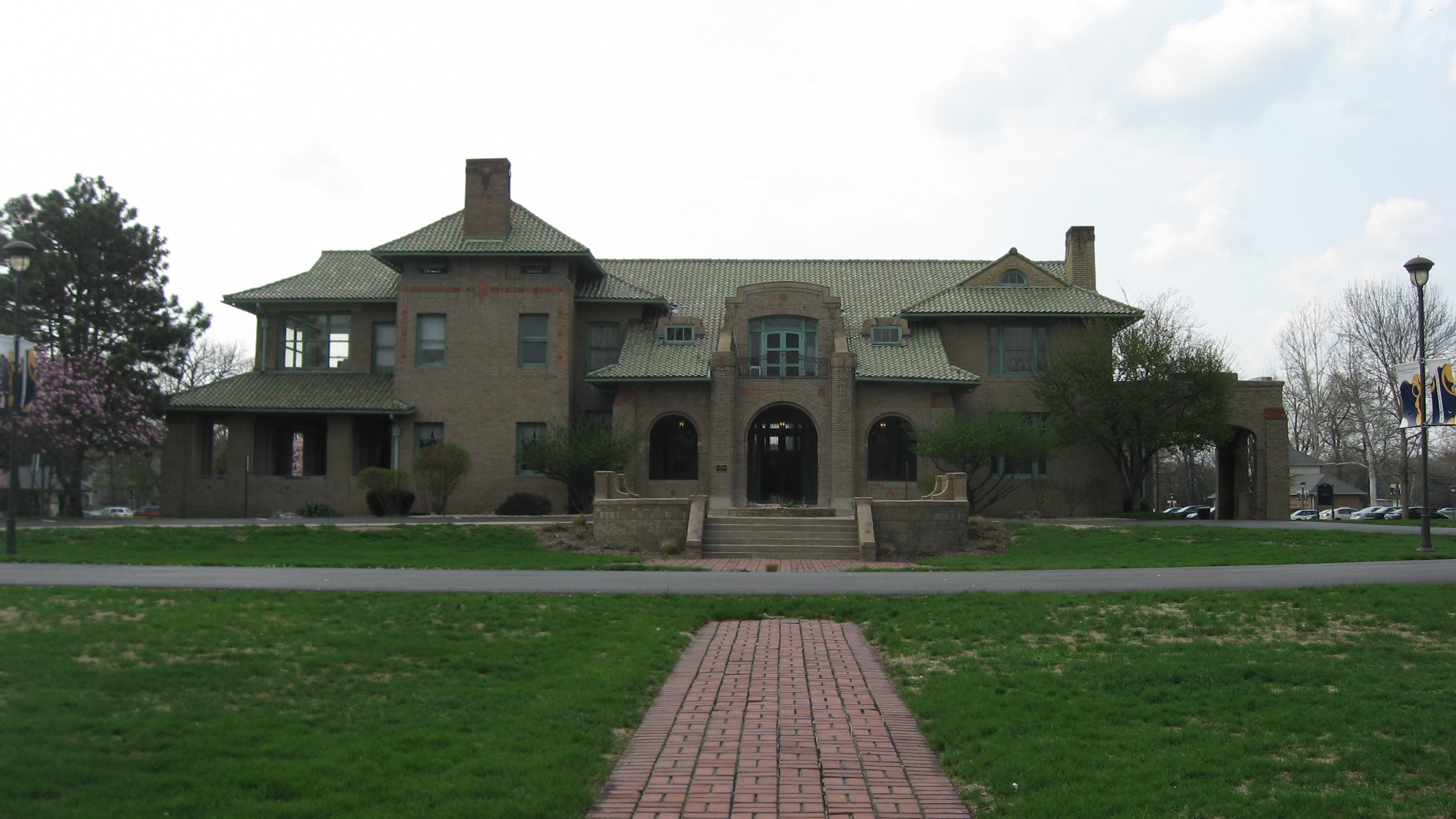 Wheeler—Stokely Mansion as it appears today from the front.