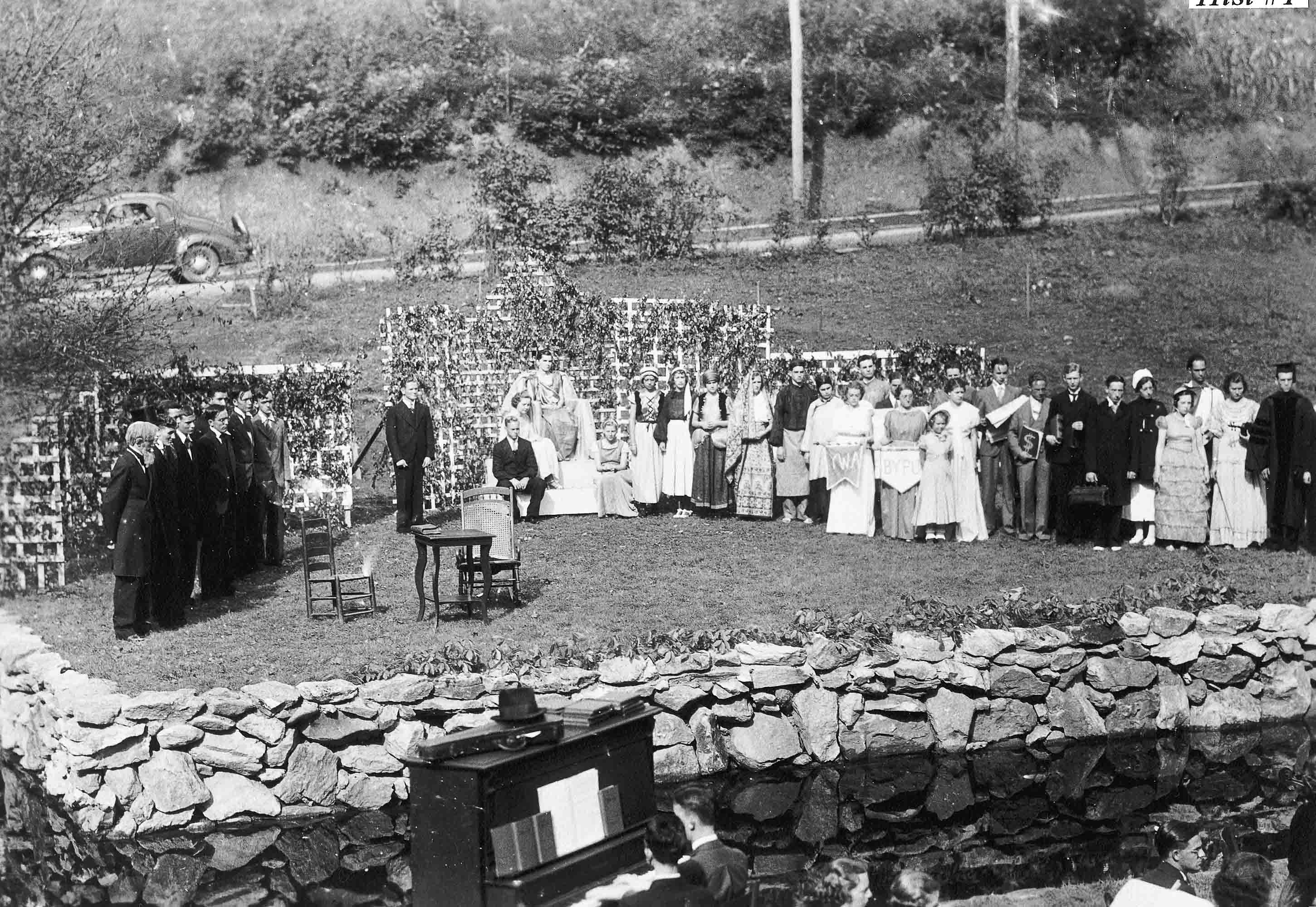 1936 Mars Hill College historical pageant in Amphitheater.