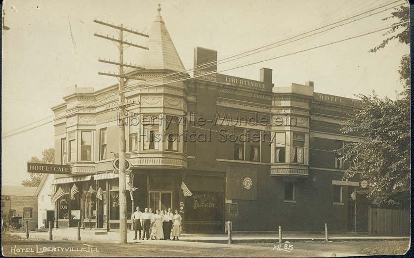 Liberyville Hotel, circa 1915