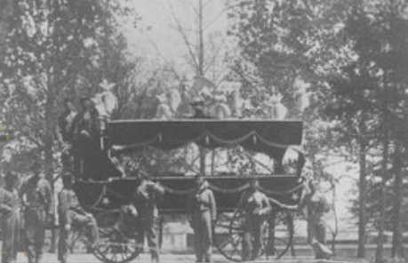 Funeral horse carriage that carried Lincoln;s body from train station to statehouse. Possibly staged afterwards due to the rain that drenched that April 30th day.