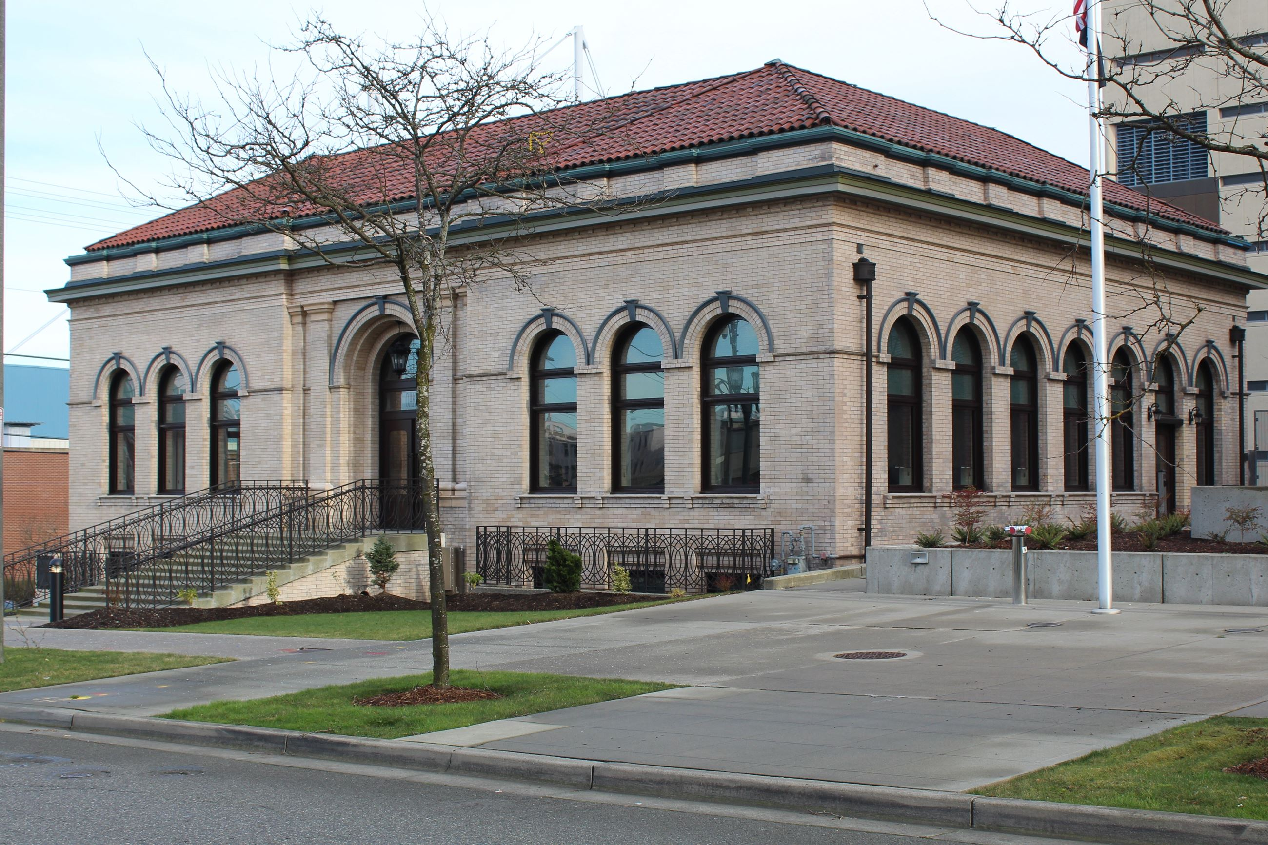 The former Carnegie Library was built in 1905 and is now home to the Carnegie Resource Center.