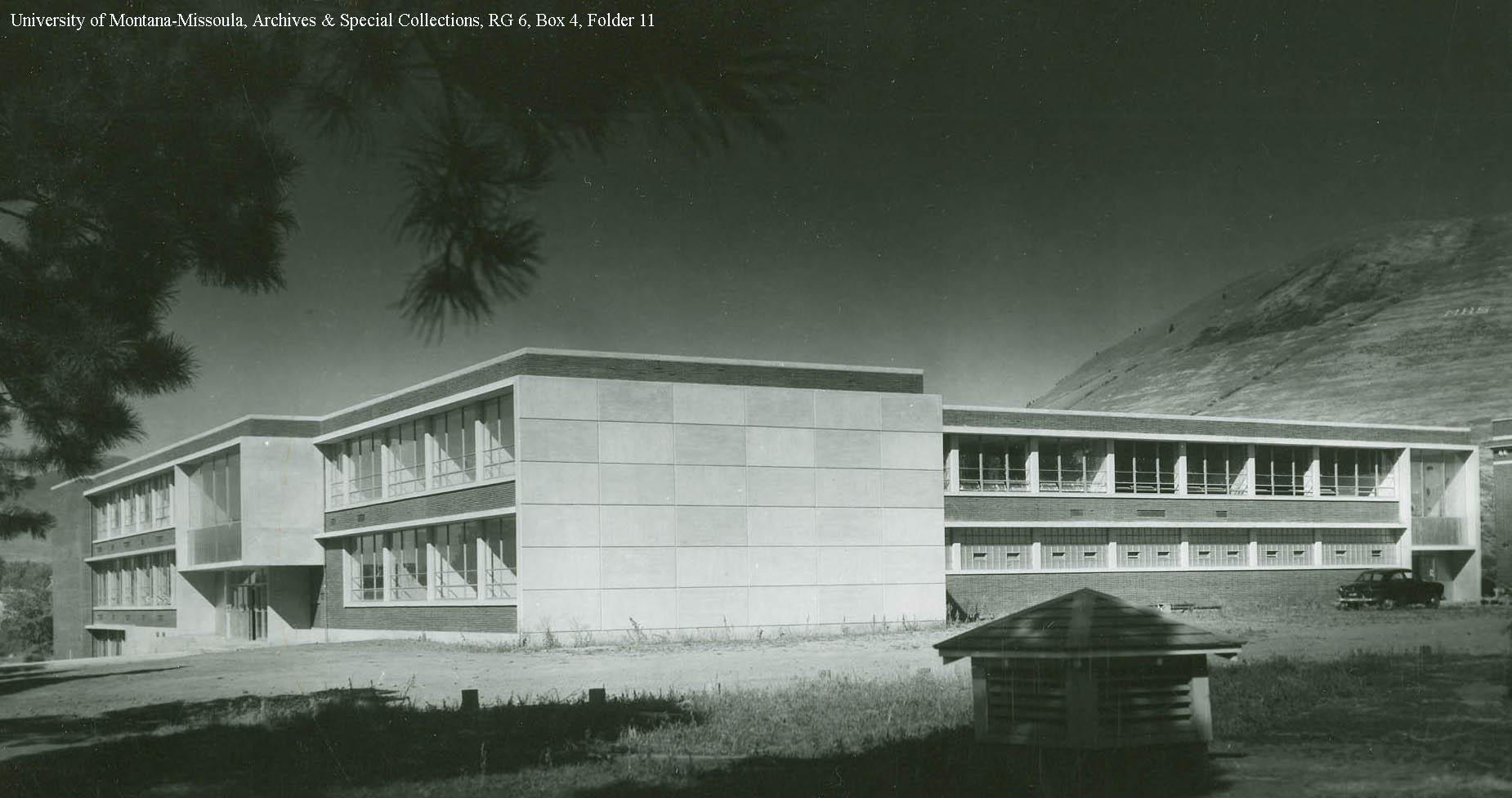 Picture of the building's original exterior. (Photo Undated)