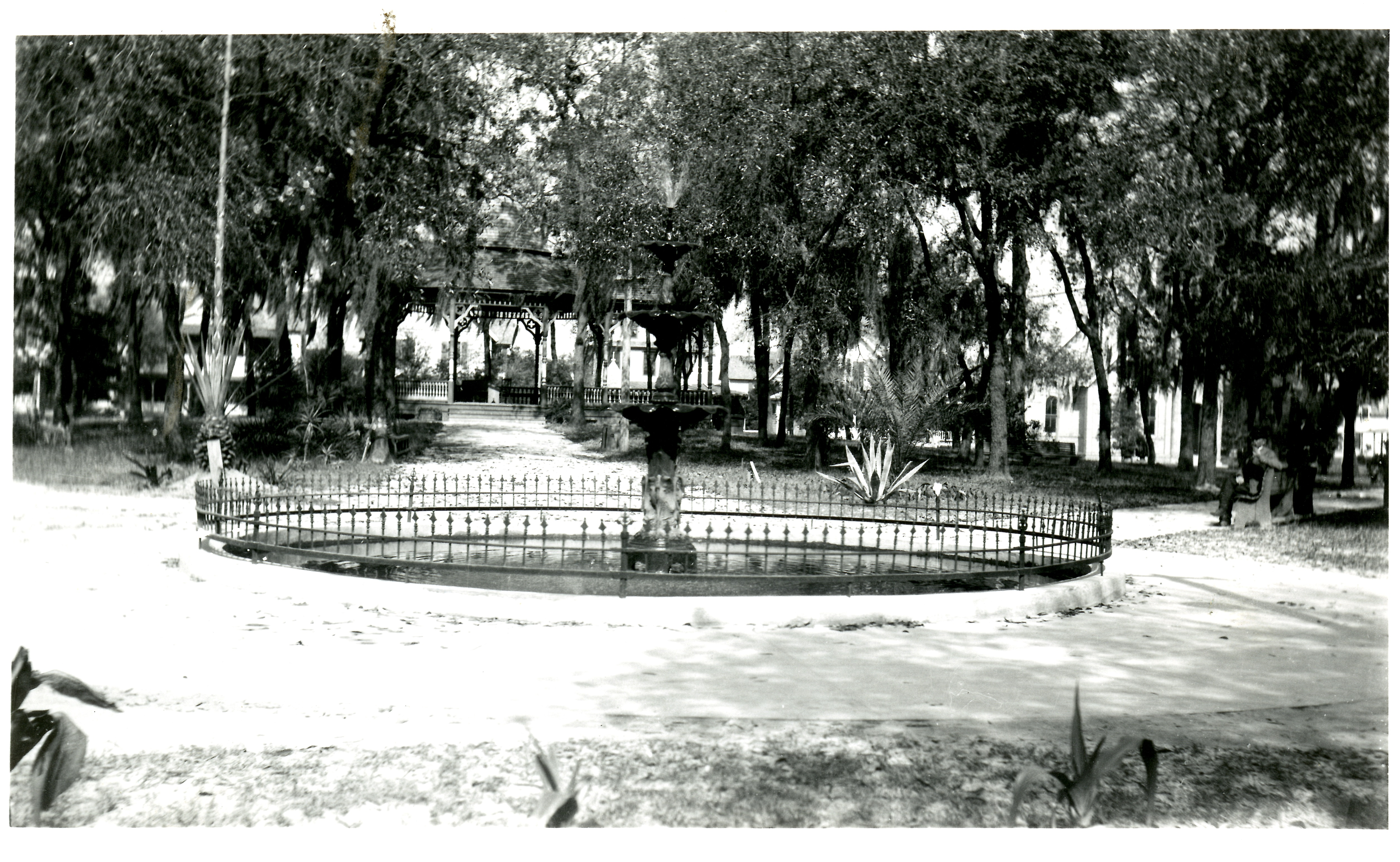 Fountain in Williams Park, St. Petersburg, Florida, circa 1908. This fountain, once located in front of the Williams Park bandstand, was one of the improvements paid for and maintained by the Women's Town Improvement Association.