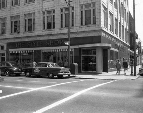 Photo of the building when it housed the Style Shop, photo courtesy of David Smith.