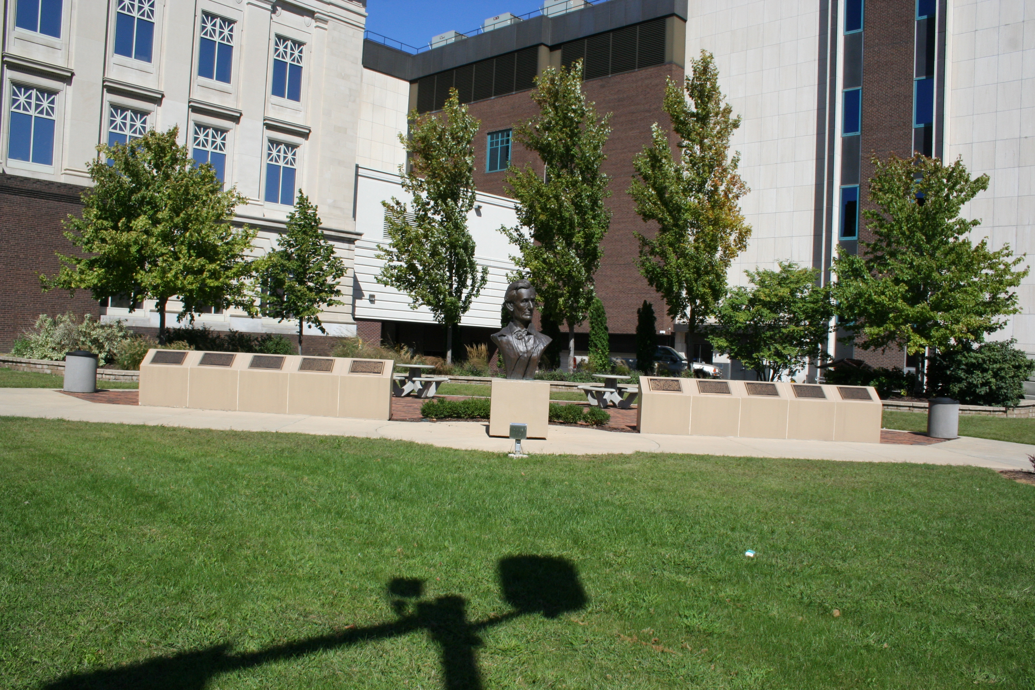 Abraham Lincoln Courthouse Square