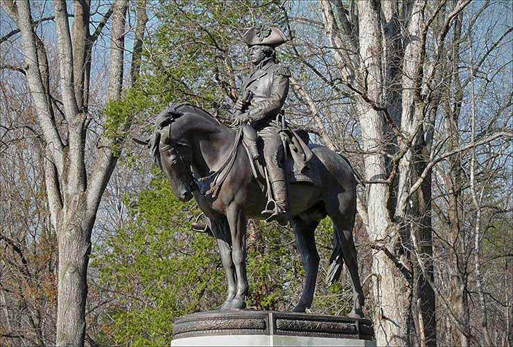 Statue of American Commander Nathaniel Greene
