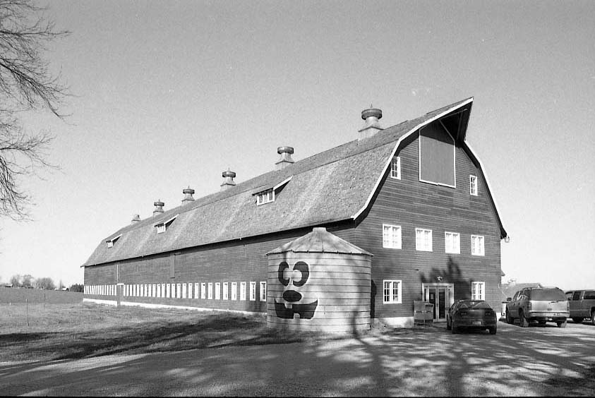 Black and White Ackerhurst Barn