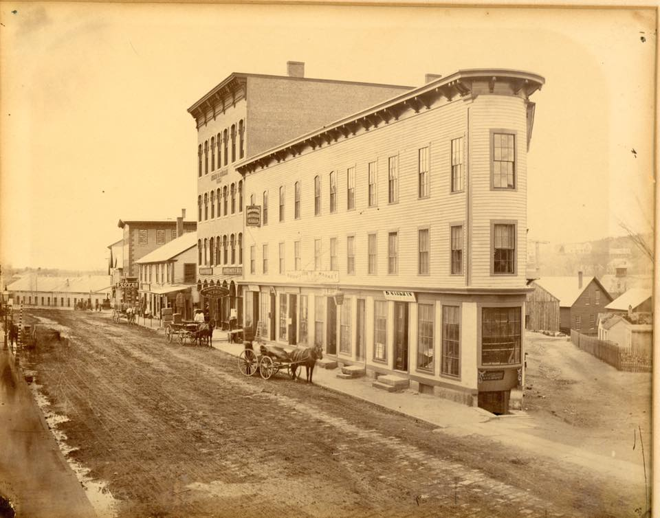 "Flatiron building, ""Johnson & Macy Dry Goods"", built 1867"