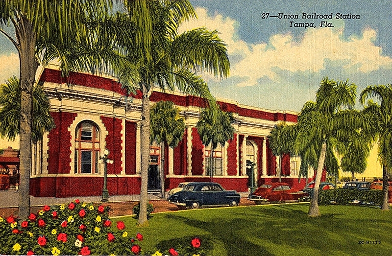 1940s postcard of exterior of Tampa Union Station. Courtesy of Friends of Tampa Union Station.