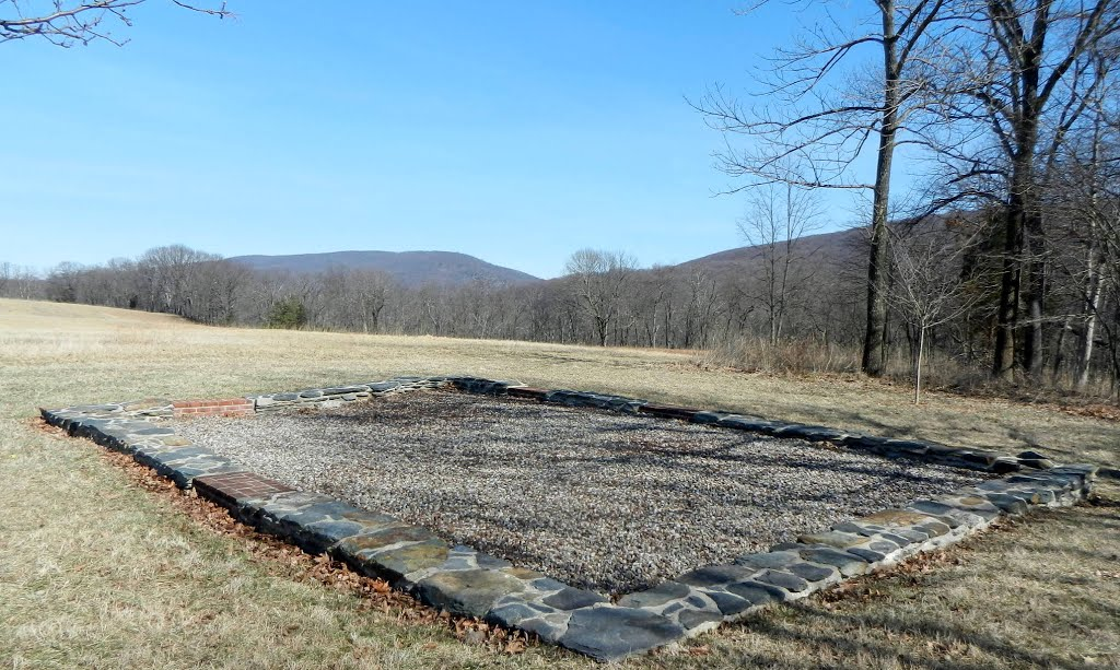 Today an outline of the foundation remains to show where John Brown's Fort once stood. Image obtained from Panoramio.
