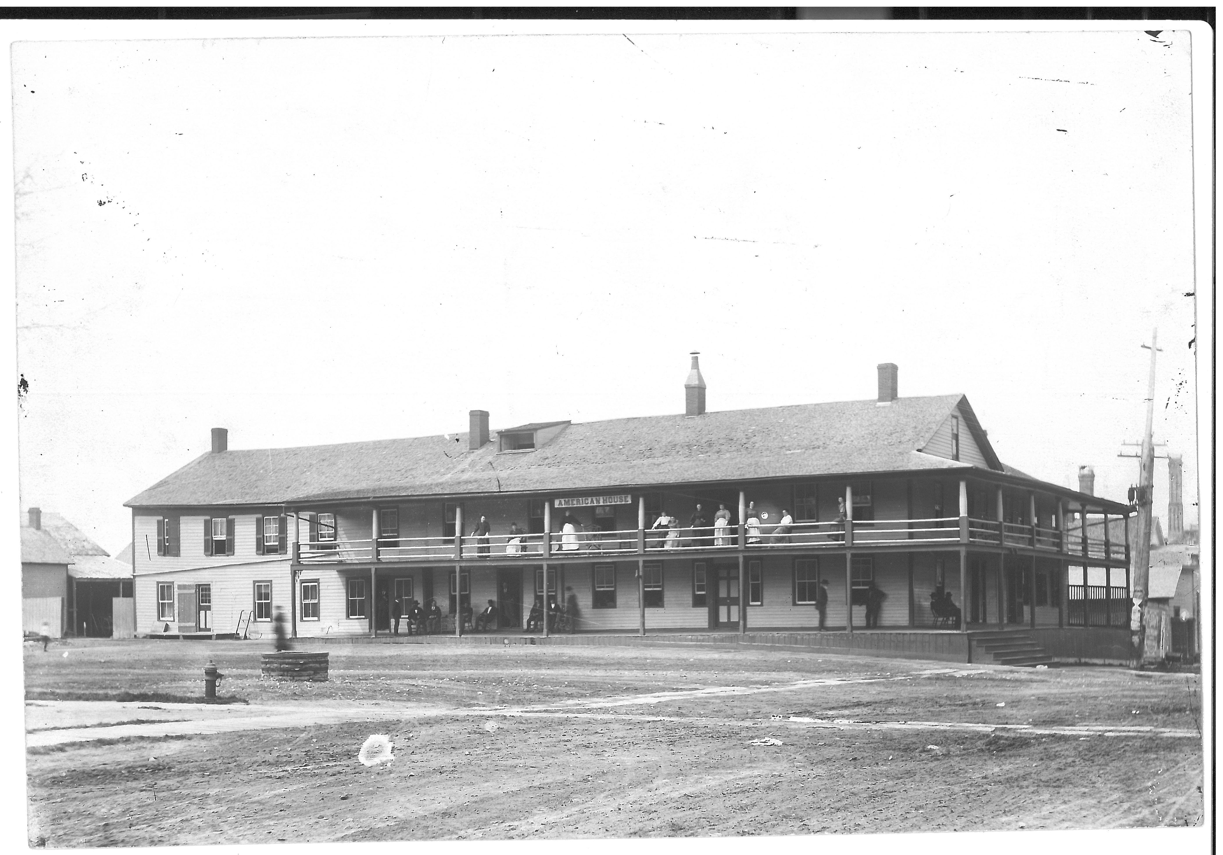 The American House hotel stood on this spot from 1823 to 1916, when it went out of business and was demolished.